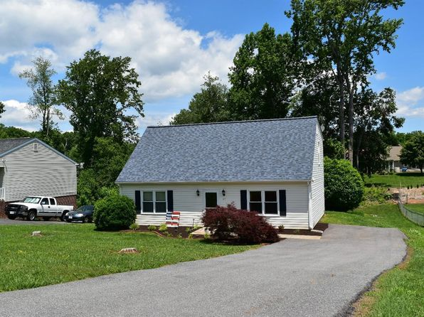 4 bed 2 bath Single Family at 157 Cresthaven Ter Evington, VA, 24550 is for sale at 170k - 1 of 34