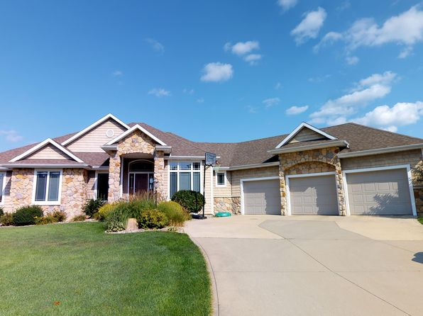5 bed 4 bath Single Family at 57630 Hearthstone Ct Goshen, IN, 46528 is for sale at 369k - 1 of 37