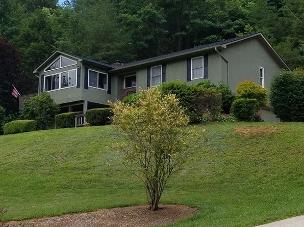 3 bed 2.5 bath Single Family at 100 Allison Creek Rd Franklin, NC, 28734 is for sale at 205k - 1 of 45