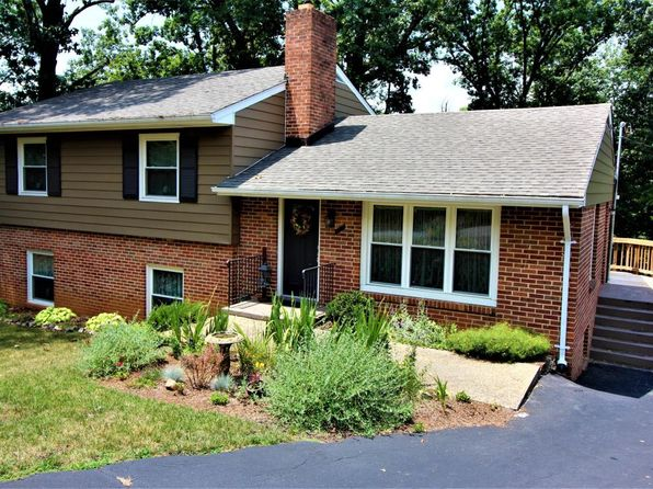 5 bed 3 bath Single Family at 2520 Roundtop Rd NW Roanoke, VA, 24012 is for sale at 195k - 1 of 36