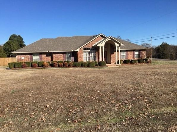 4 bed 2 bath Single Family at 608 Chapen Way Alma, AR, 72921 is for sale at 200k - 1 of 30