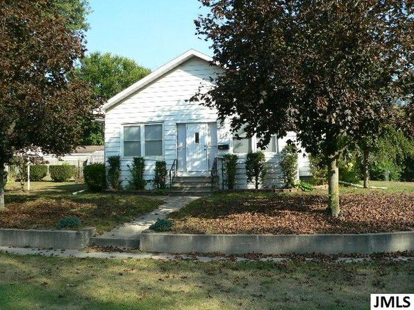 2 bed 1 bath Single Family at 220 Oakwood Ave Jackson, MI, 49203 is for sale at 58k - 1 of 22