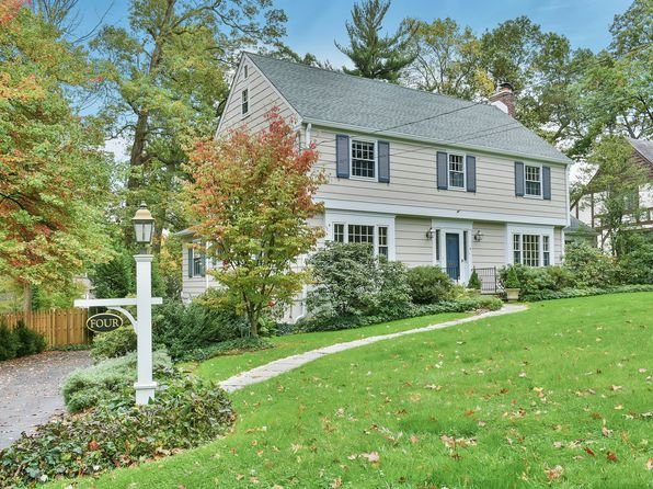5 bed 4 bath Single Family at 4 Manor Hill Rd Summit, NJ, 07901 is for sale at 1.15m - 1 of 19
