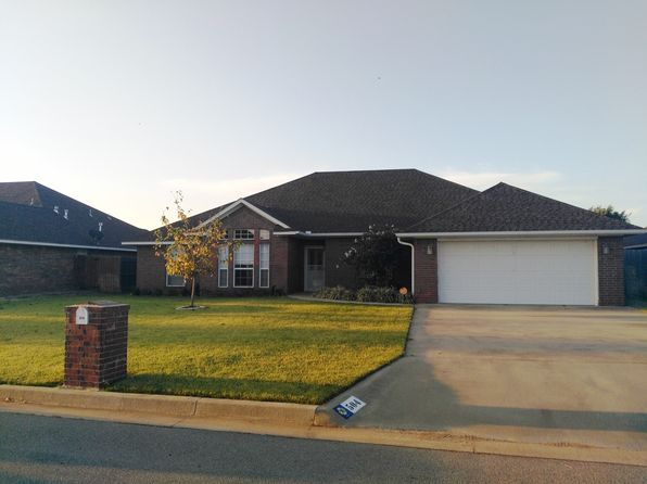 4 bed 2 bath Single Family at 504 Peacock Cir Altus, OK, 73521 is for sale at 240k - 1 of 14