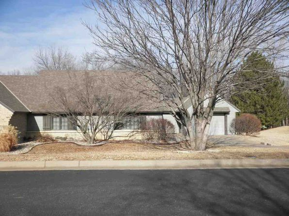 2 bed 2 bath Single Family at 805 Spey Winfield, KS, 67156 is for sale at 130k - 1 of 24
