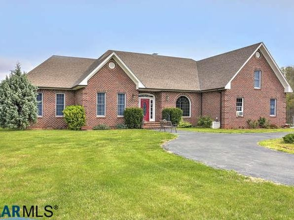 3 bed 3 bath Single Family at 1221 Ruritan Lake Rd Scottsville, VA, 24590 is for sale at 479k - 1 of 35