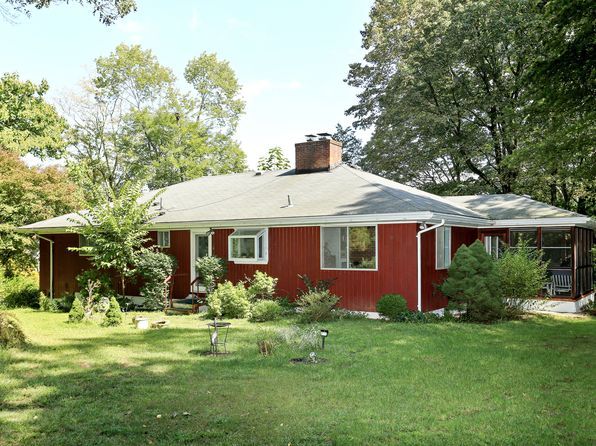 3 bed 2 bath Single Family at 1590 Croton Lake Rd Yorktown Heights, NY, 10598 is for sale at 475k - 1 of 17
