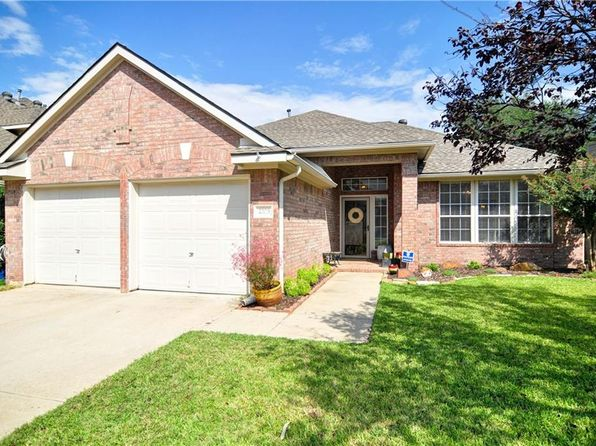 3 bed 2 bath Single Family at 2103 Knob Hill Dr Corinth, TX, 76210 is for sale at 230k - 1 of 25