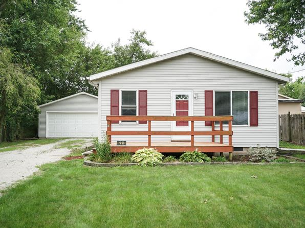 2 bed 1 bath Single Family at 12918 W Center St Hanna City, IL, 61536 is for sale at 75k - 1 of 34