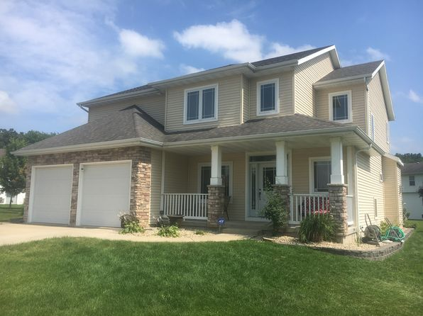 4 bed 4 bath Single Family at 1709 Oakridge Ct Stoughton, WI, 53589 is for sale at 399k - 1 of 41