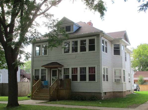 6 bed 3 bath Multi Family at 304 S Oakland Ave Green Bay, WI, 54303 is for sale at 105k - 1 of 33