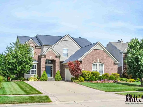5 bed 4 bath Single Family at 24654 Summer Ln Flat Rock, MI, 48134 is for sale at 318k - 1 of 39