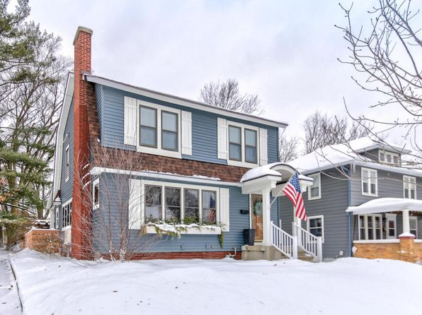 3 bed 3 bath Single Family at 215 Glenhaven Ave NW Grand Rapids, MI, 49504 is for sale at 270k - 1 of 69