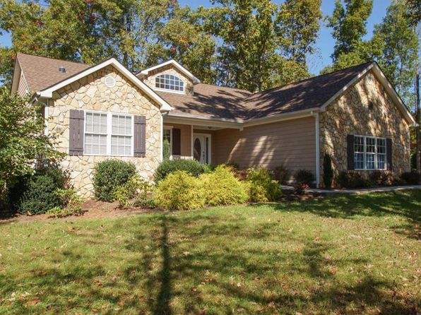 4 bed 3 bath Single Family at 49 Baywood Dr Moneta, VA, 24121 is for sale at 350k - 1 of 66