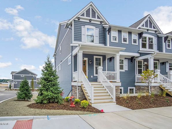 2 bed 3 bath Condo at 940 S Lake St Whitehall, MI, 49461 is for sale at 329k - 1 of 20