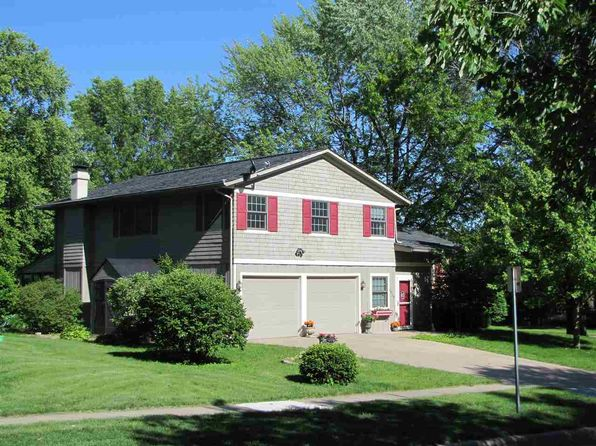 4 bed 3 bath Single Family at 1038 Village Green Blvd Iowa City, IA, 52240 is for sale at 296k - 1 of 25