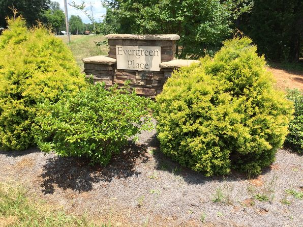 null bed null bath Vacant Land at 8198 BENNETT LN SHERRILLS FORD, NC, 28673 is for sale at 65k - 1 of 3