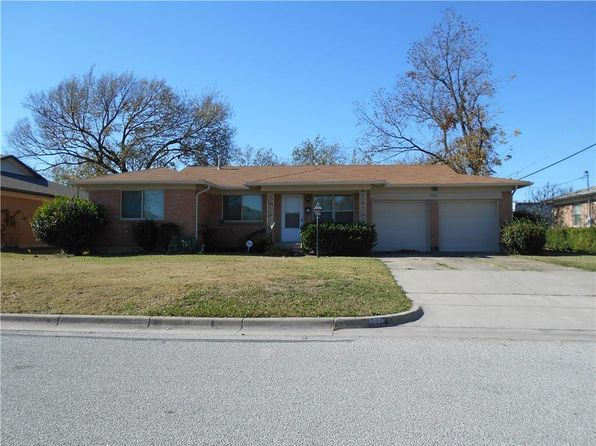 3 bed 2 bath Single Family at 4021 Field St Fort Worth, TX, 76117 is for sale at 130k - 1 of 17