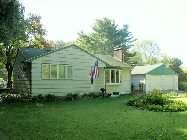 1 bed 1 bath Single Family at 7 Kreyssig Dr Hope Valley, RI, 02832 is for sale at 360k - 1 of 40