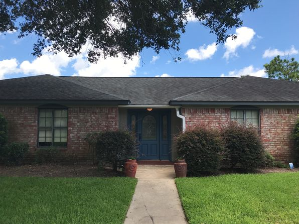 4 bed 3 bath Single Family at 127 Flag Dr E Lake Jackson, TX, 77566 is for sale at 265k - 1 of 29