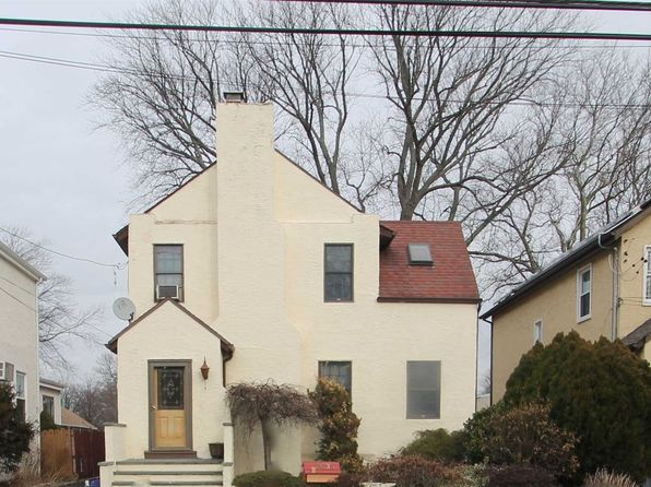 3 bed 2 bath Single Family at 2635 Bayview Ave Merrick, NY, 11566 is for sale at 515k - 1 of 20