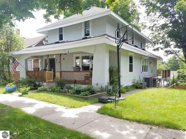 3 bed 1.5 bath Single Family at 424 E Nelson St Cadillac, MI, 49601 is for sale at 100k - 1 of 38