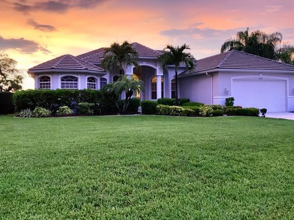 3 bed 3 bath Single Family at 2606 SE 23rd Ave Cape Coral, FL, 33904 is for sale at 535k - 1 of 35