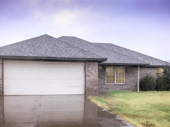 3 bed 2 bath Single Family at 105 Chase Pocola, OK, 74902 is for sale at 115k - google static map