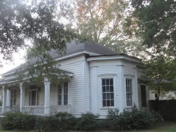 9 bed 1 bath Miscellaneous at 206 Green St Ridge Spring, SC, 29129 is for sale at 50k - 1 of 8