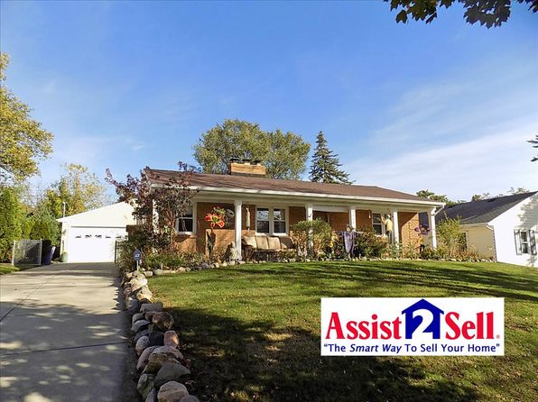 3 bed 2 bath Single Family at 2410 Paris Ave NE Grand Rapids, MI, 49505 is for sale at 180k - 1 of 27