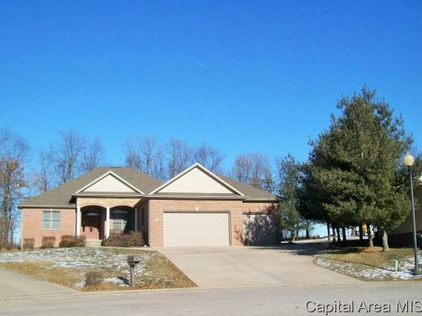 3 bed 3 bath Single Family at 20 Dalbey Pl Taylorville, IL, 62568 is for sale at 275k - 1 of 34