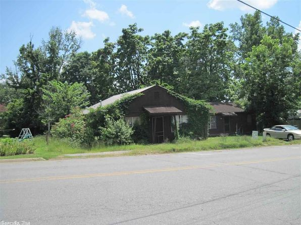 3 bed 1 bath Single Family at 203 & 205 NW Fourth St Bryant, AR, 72022 is for sale at 120k - 1 of 4
