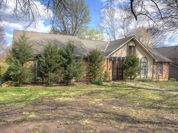 3 bed 3 bath Single Family at 10301 Howe Dr Leawood, KS, 66206 is for sale at 380k - 1 of 16