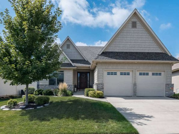 3 bed 3 bath Single Family at 4278 E Kingston Cir Bettendorf, IA, 52722 is for sale at 390k - 1 of 24