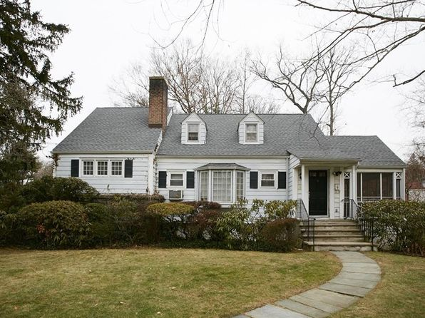 5 bed 3 bath Single Family at 6 Revere Rd Scarsdale, NY, 10583 is for sale at 799k - 1 of 29