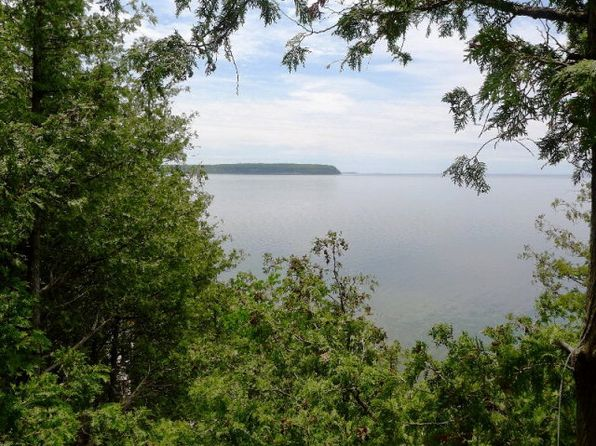 1 bed 1 bath Single Family at 12683 Door Bluff Rd Ellison Bay, WI, 54210 is for sale at 330k - 1 of 24