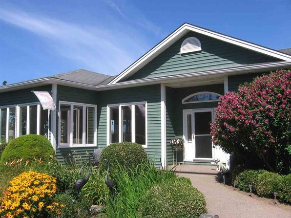 Outstanding Waterfront Cottages For Sale In Nova Scotia Interior Design Ideas Tzicisoteloinfo