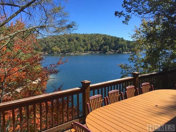 3 bed 4 bath Single Family at 117 Knob Hill Rd Glenville, NC, 28736 is for sale at 1.05m - 1 of 43