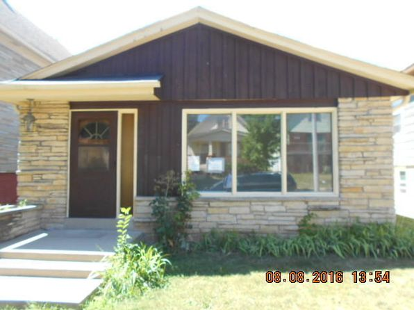 2 bed 1 bath Single Family at 2515 S 8th St Milwaukee, WI, 53215 is for sale at 59k - 1 of 6