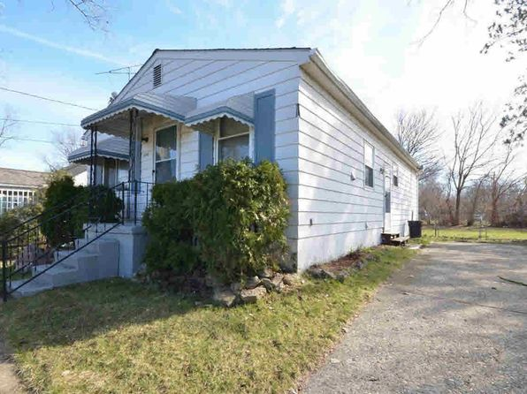 3 bed 1 bath Single Family at 4210 Coggins Ave Flint, MI, 48506 is for sale at 32k - 1 of 19