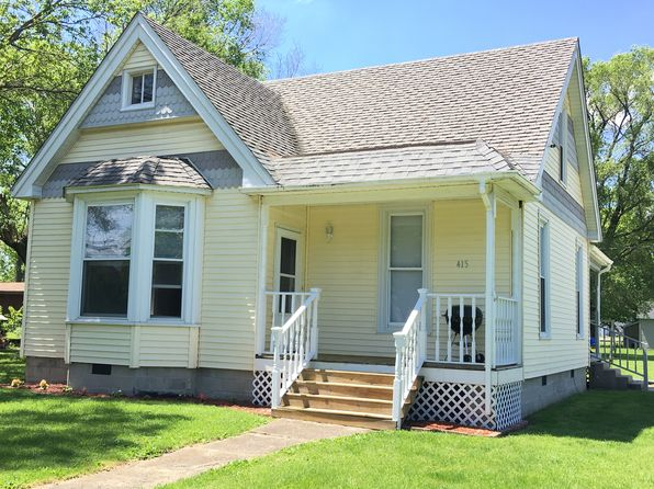 2 bed 2 bath Single Family at 415 N Camfield St Sullivan, IL, 61951 is for sale at 78k - 1 of 23