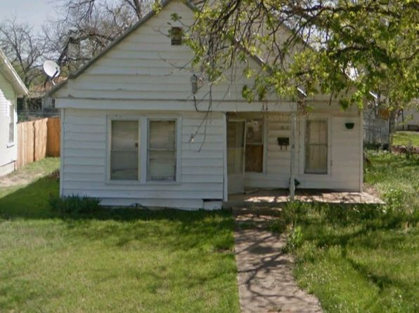 2 bed 1 bath Single Family at 1812 8th St Brownwood, TX, 76801 is for sale at 40k - google static map