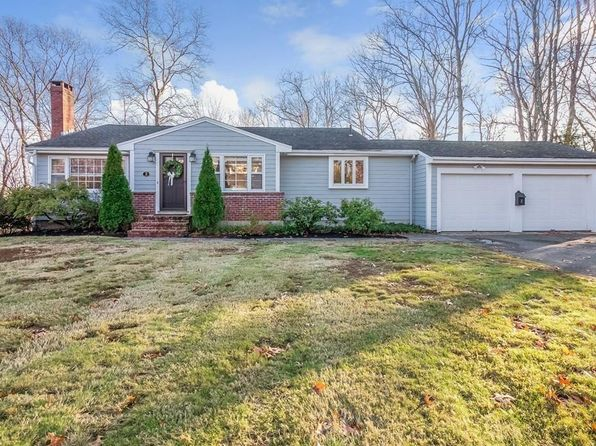 3 bed 2 bath Single Family at 2 Rockwood Rd Hingham, MA, 02043 is for sale at 639k - 1 of 16
