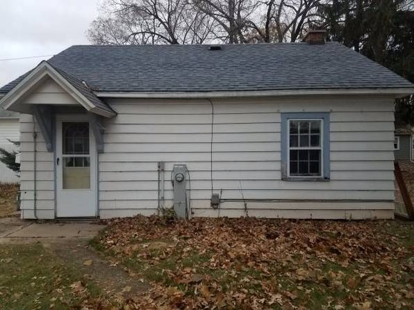2 bed 1 bath Single Family at 1287 McCormick St Green Bay, WI, 54301 is for sale at 50k - 1 of 10