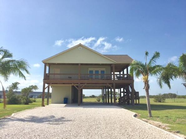 port oconnor single guys This port o'connor lodging unit has been newly constructed with a very distinctive rock facia on the front, a huge porch, and plenty of parking you can't miss with this 4 bed/4 bath house located 1 block from the front beach and fishing pier at kingfisher beach.
