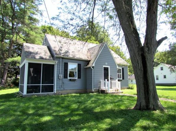 3 bed 1 bath Single Family at 301 Leroy Ave Vestal, NY, 13850 is for sale at 140k - 1 of 5