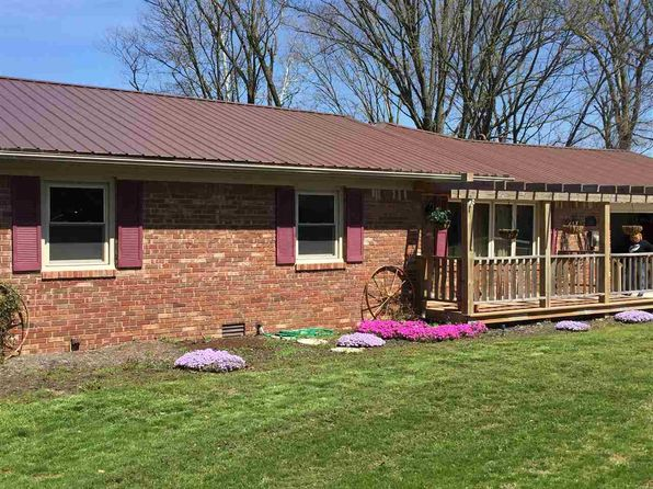 3 bed 2 bath Single Family at 8333 Carlton Rd West Terre Haute, IN, 47885 is for sale at 169k - 1 of 16