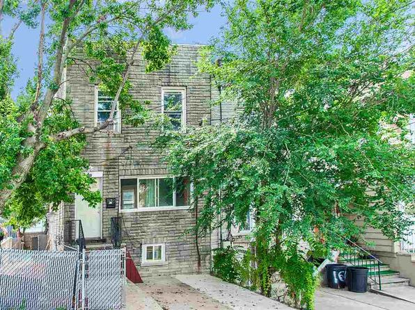 4 bed 2 bath Single Family at 1601 79th St North Bergen, NJ, 07047 is for sale at 325k - 1 of 15
