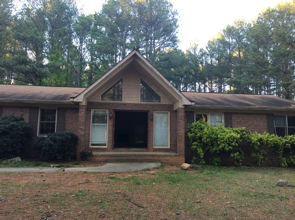 3 bed 2 bath Single Family at 215 Brogdon Rd Fayetteville, GA, 30214 is for sale at 180k - 1 of 13