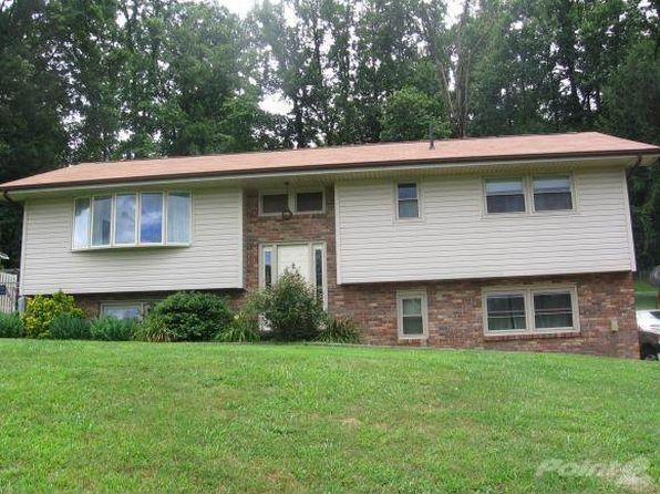 3 bed 1 bath Single Family at 300 Poplar St Mount Carmel, TN, 37645 is for sale at 115k - 1 of 11